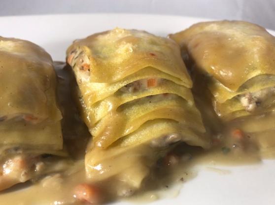 Lasaña de champiñones y velouté de cebolla con Sauternes